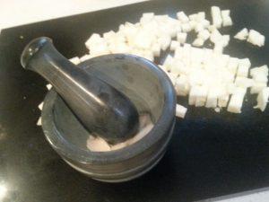 Garlic & halloumi
